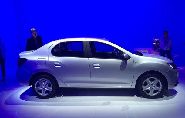 PARIS 2016 LIVE: Modelele Dacia au primit o față nouă, lumini LED și claxon pe volan - Poza 16