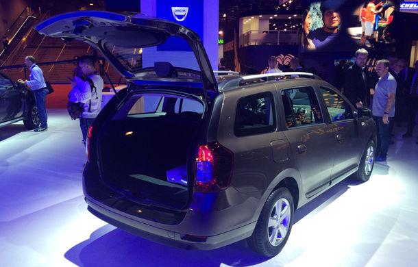 PARIS 2016 LIVE: Modelele Dacia au primit o față nouă, lumini LED și claxon pe volan - Poza 20