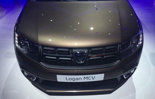 PARIS 2016 LIVE: Modelele Dacia au primit o față nouă, lumini LED și claxon pe volan - Poza 24