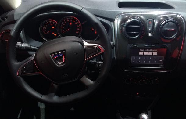 PARIS 2016 LIVE: Modelele Dacia au primit o față nouă, lumini LED și claxon pe volan - Poza 25