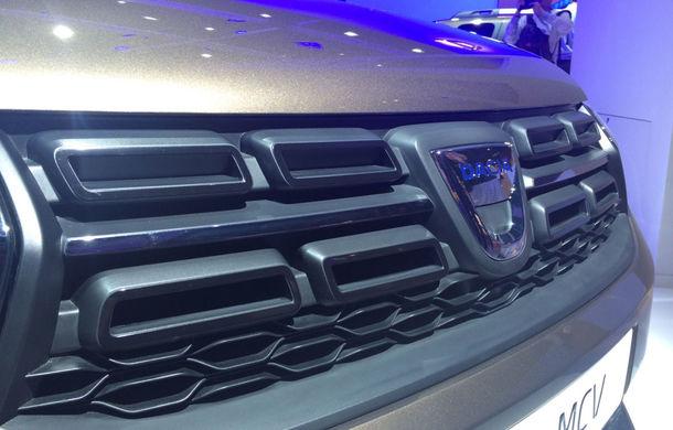 PARIS 2016 LIVE: Modelele Dacia au primit o față nouă, lumini LED și claxon pe volan - Poza 23