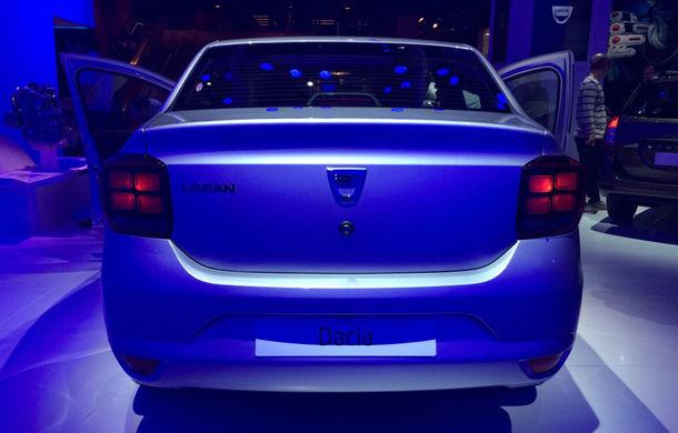 PARIS 2016 LIVE: Modelele Dacia au primit o față nouă, lumini LED și claxon pe volan - Poza 8