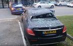 Mercedes Clasa E, victima răzbunării unui Tesla Model S care i-a aterizat pe capotă