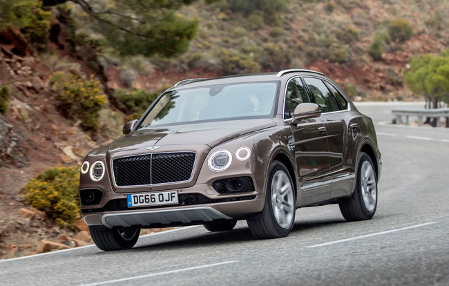Test drive Bentley Bentayga