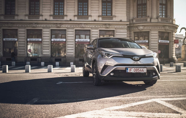 Test drive Toyota C-HR