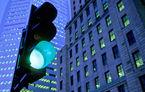 Record imposibil în România: un american a prins 240 de semafoare pe verde (VIDEO)
