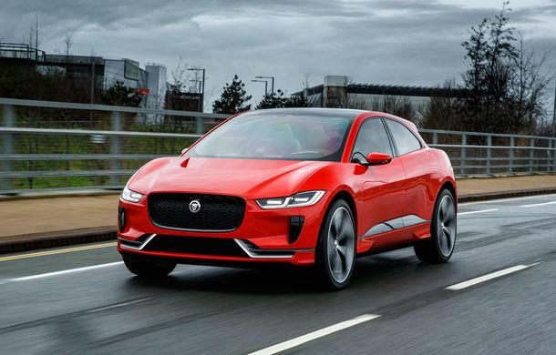 Jaguar aduce tehnologia sa electrică în stradă: SUV-ul I-Pace s-a plimbat prin Londra pentru a promova rularea cu zero emisii - Poza 1
