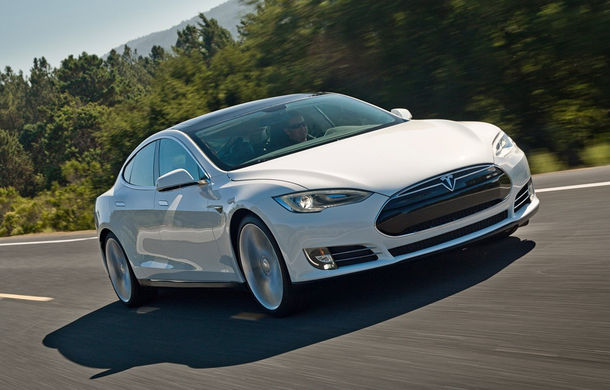 Tesla face curățenie în gama lui Model S: scoate de pe piață versiunea entry-level cu autonomie de 338 de kilometri pentru că nu se vinde - Poza 1