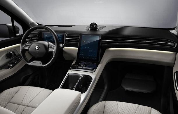 """Nio ES8: SUV electric cu 7 locuri la care vei putea schimba bateria """"printr-o experiență mai plăcută decât un plin de benzină"""" - Poza 5"""