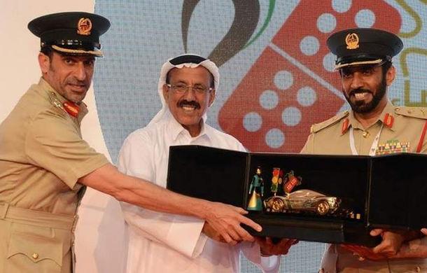 Modelul Dubai: Poliția din Emirate premiază cu mașini șoferii care nu comit contravenții timp de un an - Poza 1