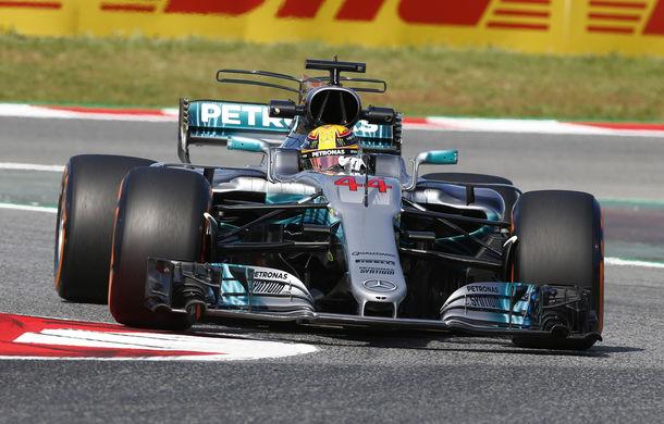 Hamilton, pole position la Barcelona după o greșeală comisă de Vettel în ultima șicană - Poza 1