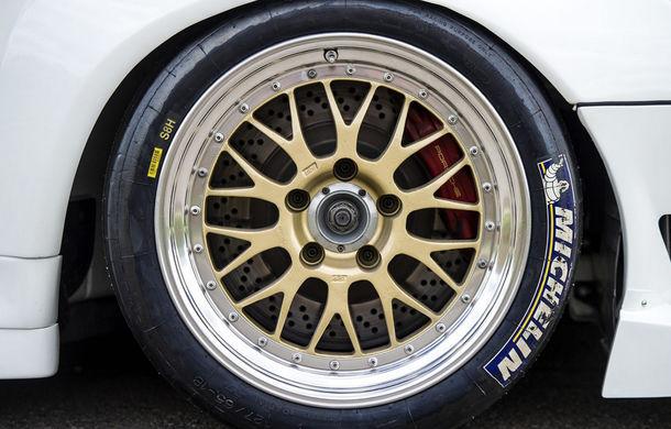 Rar și scump: un Porsche 911 GT2 Evo s-a vândut cu 1.3 milioane de euro - Poza 6