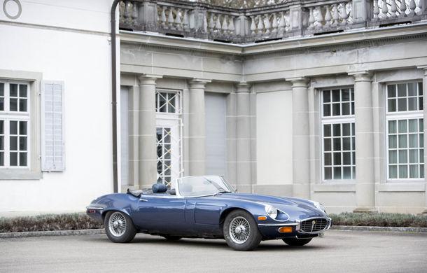 Comoara descoperită în castelul elvețian s-a vândut: toate cele 12 mașini clasice au adunat două milioane de euro - Poza 7