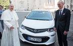 Electricul Opel Ampera-e devine Papamobil: pentru un Vatican fără emisii de dioxid de carbon