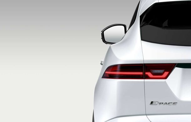 Jaguar vine tare pe turnantă cu E-Pace: SUV-ul debutează în 13 iulie - Poza 1
