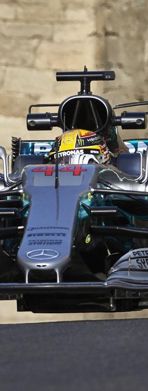 Hamilton îl învinge pe Bottas în lupta pentru pole position…