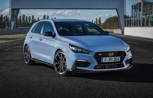Gama i30 primește modele noi: Hyundai i30 N pentru amatorii de performanță și i30 Fastback pentru cei care preferă stilul coupe - Poza 1