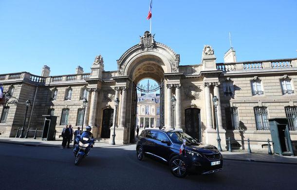 Exemplu de naționalism: Emmanuel Macron, președintele Franței, va conduce un Peugeot 5008 - Poza 2
