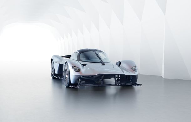 """Aston Martin: """"Vrem ca Valkyrie să se apropie de performanțele unei mașini de Formula 1"""" - Poza 15"""