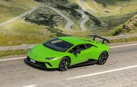 Test drive Lamborghini Huracan Performante