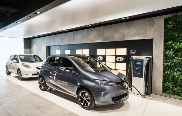Inovație în Londra: showroom multi-marcă dedicat exclusiv mașinilor electrice - Poza 2