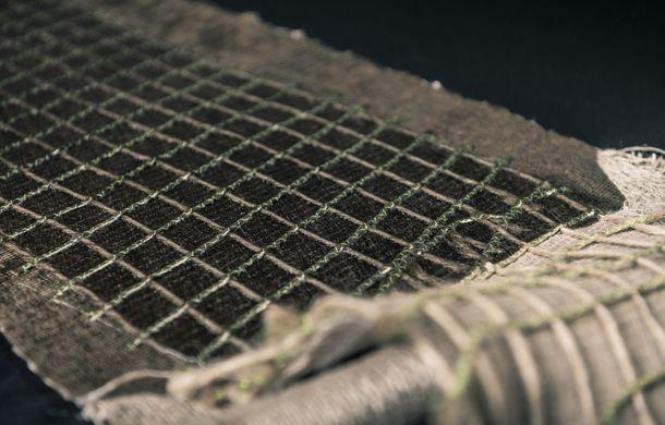 Mașina biodegradabilă a fost inventată în Olanda: Lina este electrică și a fost construită din sfeclă de zahăr și pânză de in - Poza 13