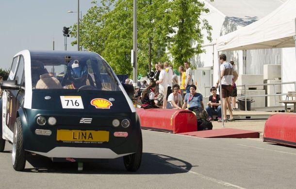 Mașina biodegradabilă a fost inventată în Olanda: Lina este electrică și a fost construită din sfeclă de zahăr și pânză de in - Poza 20