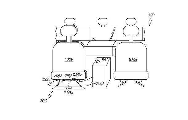 Toyota a inventat un sistem care recuperează obiectele scăpate între scaunele mașinii - Poza 1