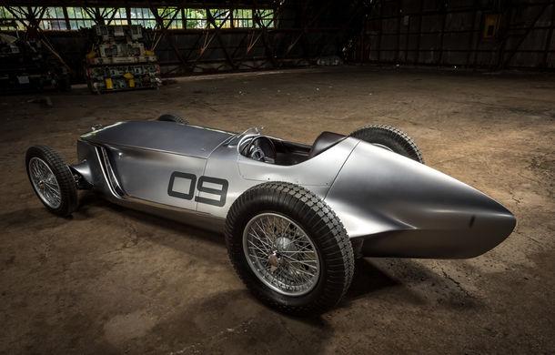 Concept inspirat din motorsport: Infiniti aduce Prototype 9 în cadrul Concursului de Eleganță de la Pebble Beach - Poza 14