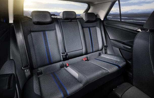 Volkswagen T-Roc: fratele mai mic al lui Tiguan a fost prezentat oficial - Poza 26