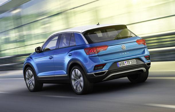 Volkswagen T-Roc: fratele mai mic al lui Tiguan a fost prezentat oficial - Poza 21