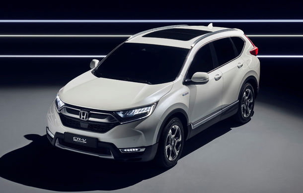 Honda CR-V Hybrid Prototype: noua generație a SUV-ului japonez va avea versiune hibridă și va renunța la propulsia diesel - Poza 1