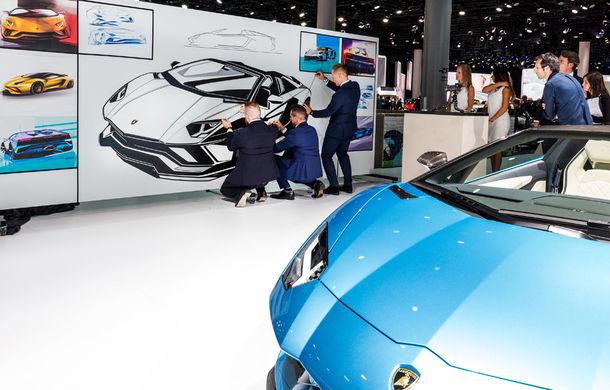Lamborghini prezintă noul Aventador S Roadster: 740 CP și 3.0 secunde pentru 0-100 km/h (UPDATE FOTO) - Poza 2