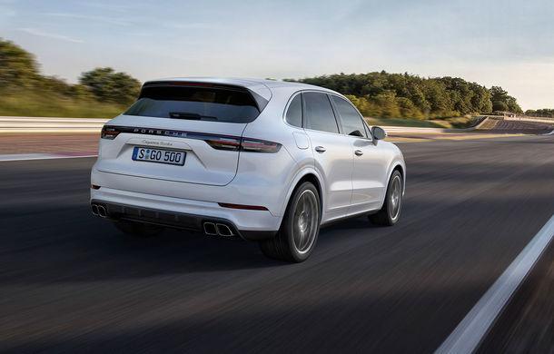 Vârf de lance: Porsche a lansat noul Cayenne Turbo cu 550 de cai putere - Poza 3