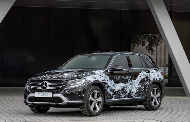 Mercedes GLC F-Cell: primul hibrid din lume alimentat cu hidrogen care are și baterie cu încărcare la priză - Poza 1