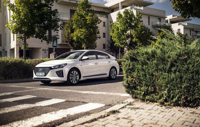 Test drive Hyundai Ioniq Hybrid