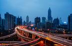 China amână cu un an noile reguli dure: din 2019, 10% din mașinile vândute de un constructor trebuie să fie electrice