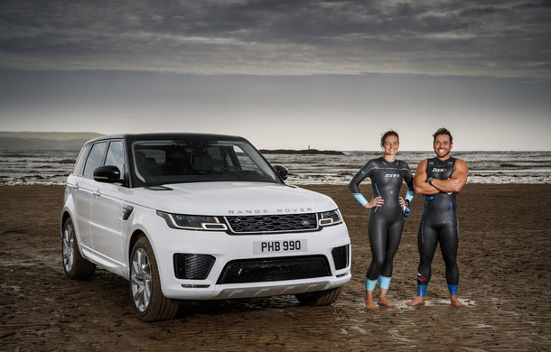 Întrecere inedită: Range Rover Sport facelift PHEV își măsoară forțele cu doi înotători - Poza 7