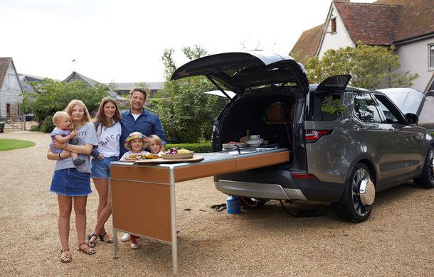 Un Land Rover Discovery croit după chipul și asemănarea lui Jamie Oliver: visul oricărui chef pasionat de mașini - Poza 19