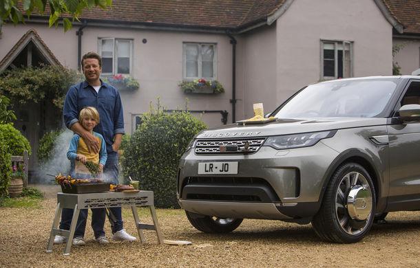 Un Land Rover Discovery croit după chipul și asemănarea lui Jamie Oliver: visul oricărui chef pasionat de mașini - Poza 16
