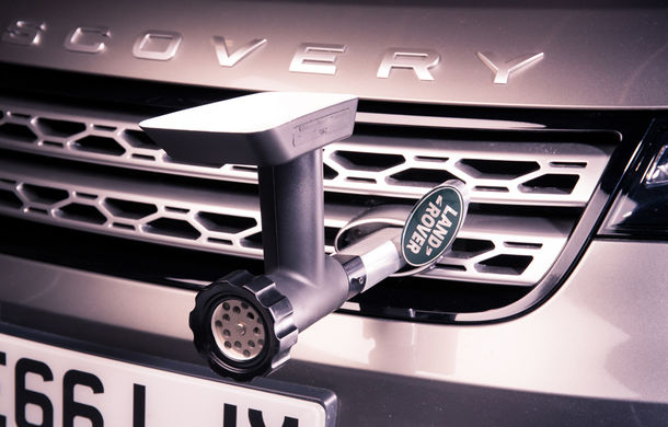 Un Land Rover Discovery croit după chipul și asemănarea lui Jamie Oliver: visul oricărui chef pasionat de mașini - Poza 6