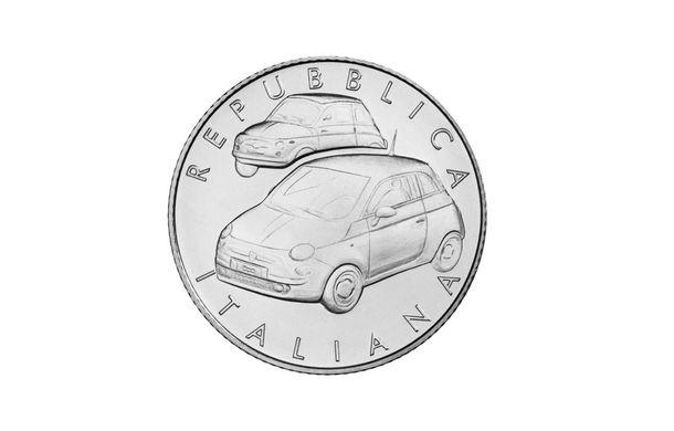 Ediție aniversară: italienii produc 4.000 de monede din argint în cinstea lui Fiat 500 - Poza 2
