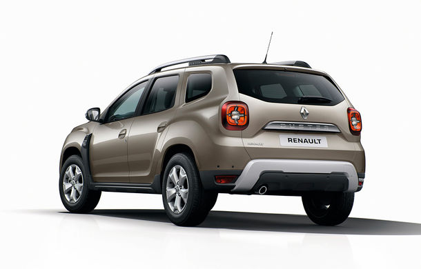 După noul Dacia Duster, facem cunoștință cu noul Renault Duster: modificări estetice, aeratoare noi la interior și motorizări ușor diferite - Poza 2