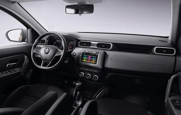 După noul Dacia Duster, facem cunoștință cu noul Renault Duster: modificări estetice, aeratoare noi la interior și motorizări ușor diferite - Poza 14