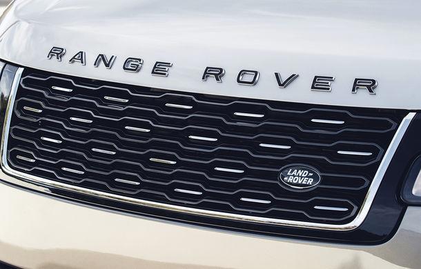 O nouă definiție a luxului: primele imagini cu Range Rover SVAutobiography facelift - Poza 10