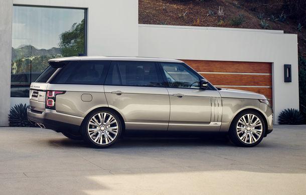 O nouă definiție a luxului: primele imagini cu Range Rover SVAutobiography facelift - Poza 7