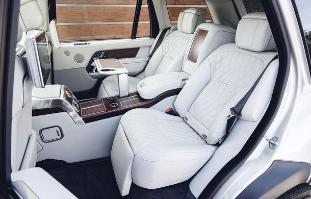 O nouă definiție a luxului: primele imagini cu Range Rover SVAutobiography facelift - Poza 15