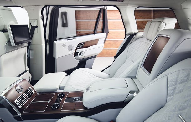 O nouă definiție a luxului: primele imagini cu Range Rover SVAutobiography facelift - Poza 14