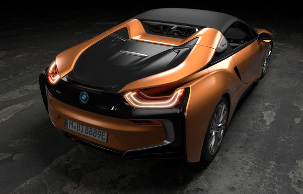 bmw i8 facelift i i8 roadster mai mult putere autonomie mai mare i consum redus automarket. Black Bedroom Furniture Sets. Home Design Ideas