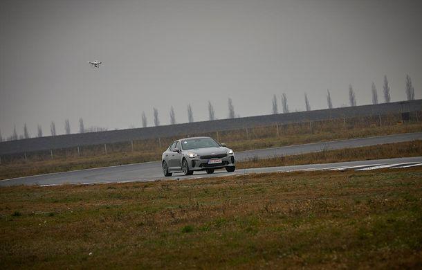 Prim contact cu Kia Stinger, cel mai rapid Kia din istorie: grand tourer cu aspirații premium - Poza 6
